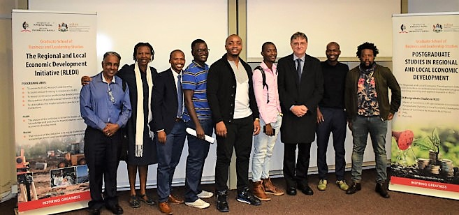 Guest Lecture Explores Role of Small Towns in Post-Apartheid South Africa